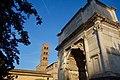 Arch of Titus, Roman Forum (32525771808).jpg