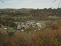 Arcizac-ez-Angles vu des Angles (Hautes-Pyrénées, France).jpg