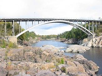 Pont d'Aluminium over the Rivière Saguenay near Jonquière