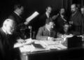 Assinatura da Lei de separação da Igreja e do Estado, da autoria de Afonso Costa (1911-04-20).png