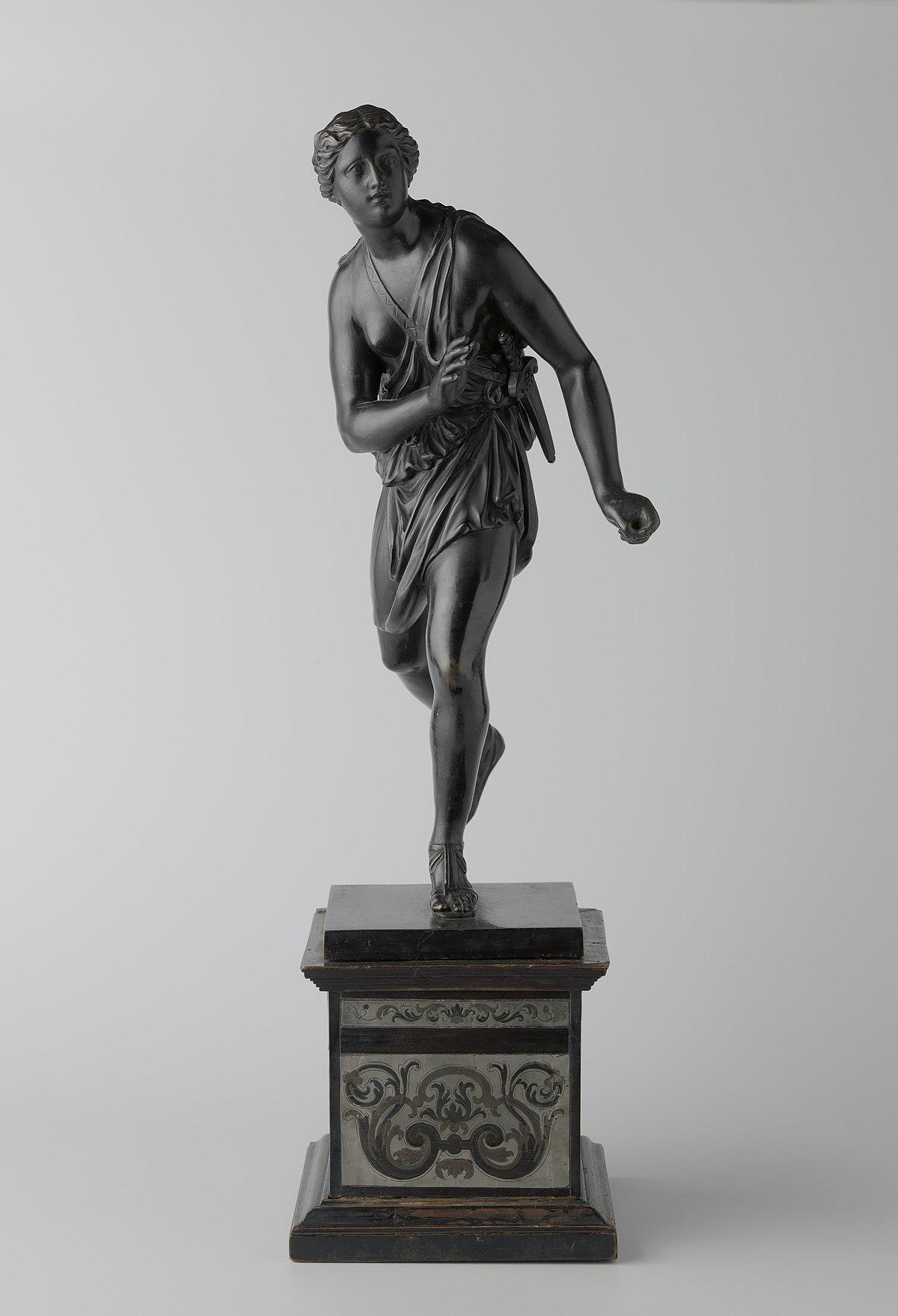 File:Atalanta, BK-16015.jpg - Wikimedia Commons