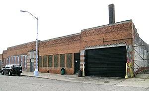 Piquette Avenue Industrial Historic District - Autocar Service Building, Piquette and Brush.