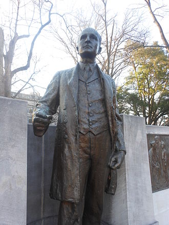 Charles Brantley Aycock - Statue of Aycock at the North Carolina State Capitol
