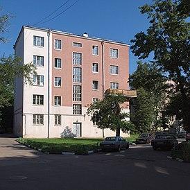 B Pochtovaya 18-20K11 July 2009 02.JPG