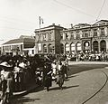 Bahnhofplatz, jobbra a Főpályaudvar. Fortepan 83889.jpg