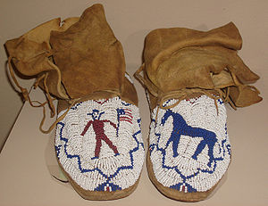 Indigenous peoples of the Great Basin - Beaded moccasins that belonged to Chief Washakie (Shoshone), Wyoming, c. 1900
