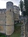 Beaufort Castle (Luxembourg) 01.jpg