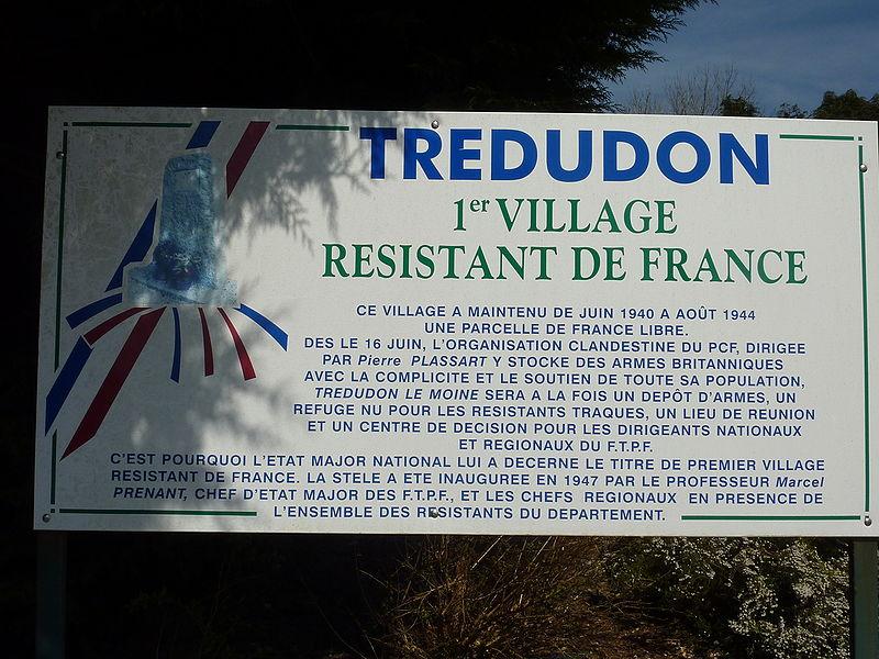 Fichier:Berrien Trédudon stèle résistance 3.JPG