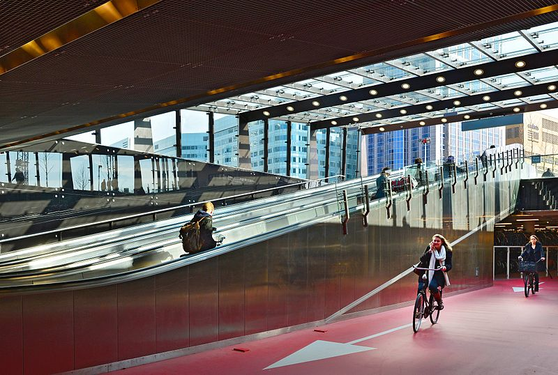 Bike entrance Rotterdam Central Station.jpg