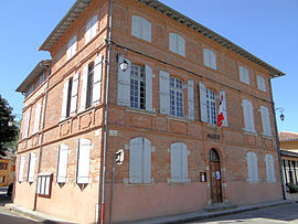 The town hall in Bioule