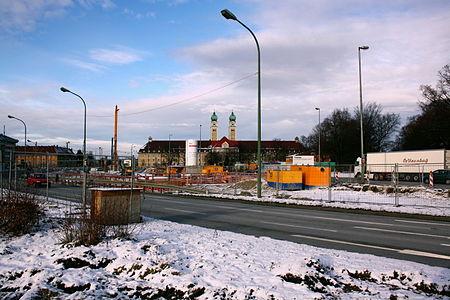 Blick Richtung Norden Luise Kiesselbach Platz.JPG
