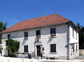 The town hall in Bondeval