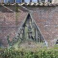 Bouwfragmenten - wimbergfragmenten afkomstig van de pandhof van de Domkerk - Wimbergreliëf 9, zuidvleugel pandhof, 3e travee vanaf het oosten - Utrecht - 20416135 - RCE.jpg