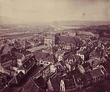 photographie montrant une vue générale sur la ville de Belfort prise depuis la citadelle après le siège de Belfort en 1871.