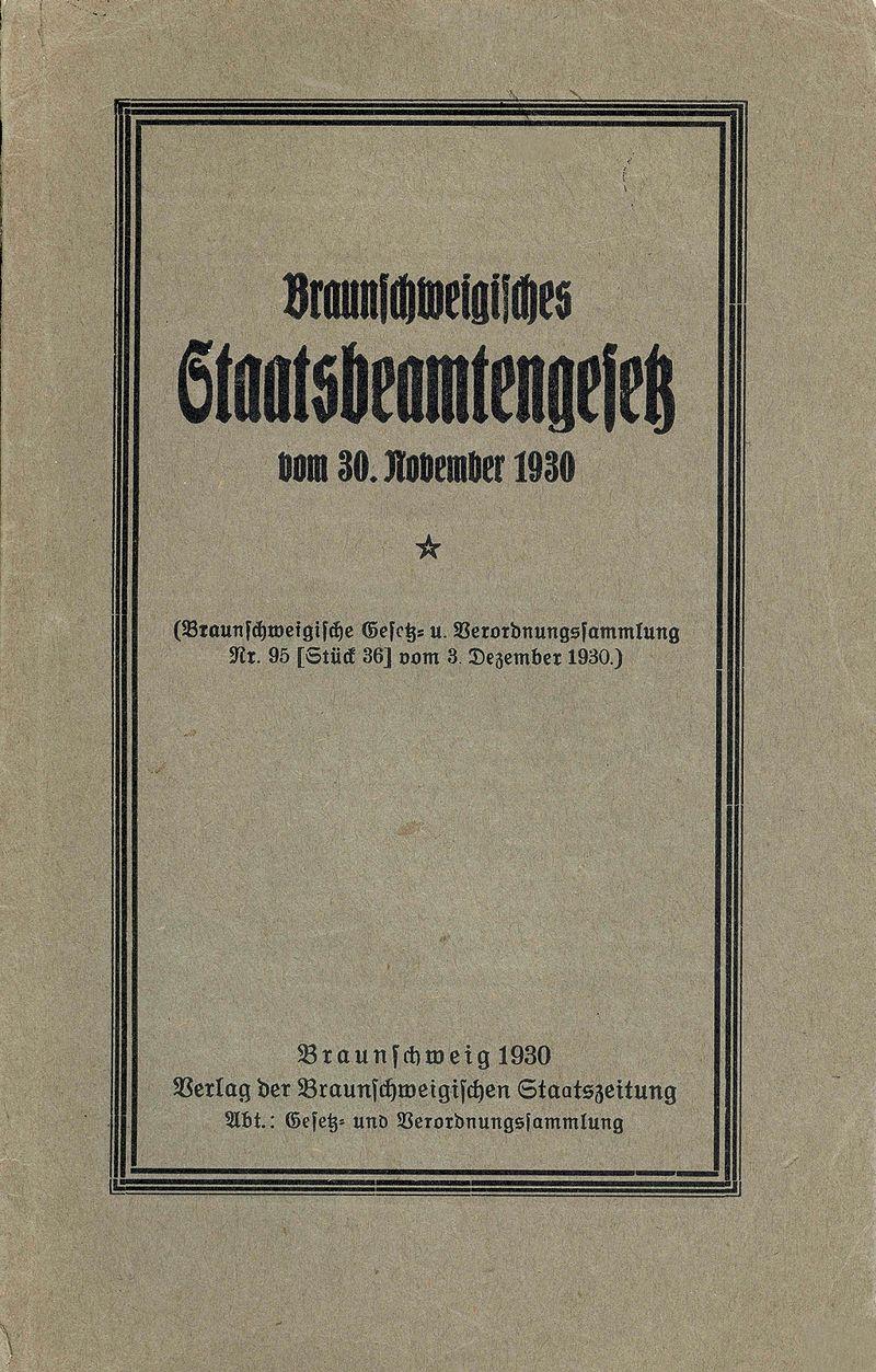 Die Einbürgerung Adolf Hitlers 800px-Braunschweig_Brunswick_Staatsbeamtengesetz_30_Nov_1930