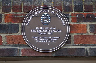 Hoxton - LBH heritage plaque, now attached to modern flats