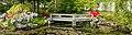 Bruggetje over vijver in de Chinese tuin Het Verborgen Rijk van Ming in de Hortus Haren 02.jpg