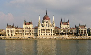 English: Parliament building, Budapest Françai...