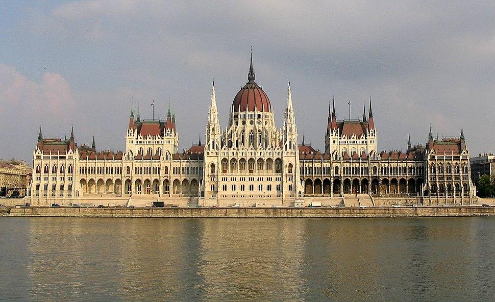 Budapest Parliament 4604