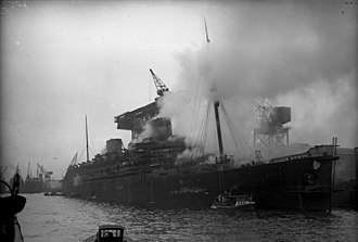 SS Europa (1928) - Europa in flames during her fitting out