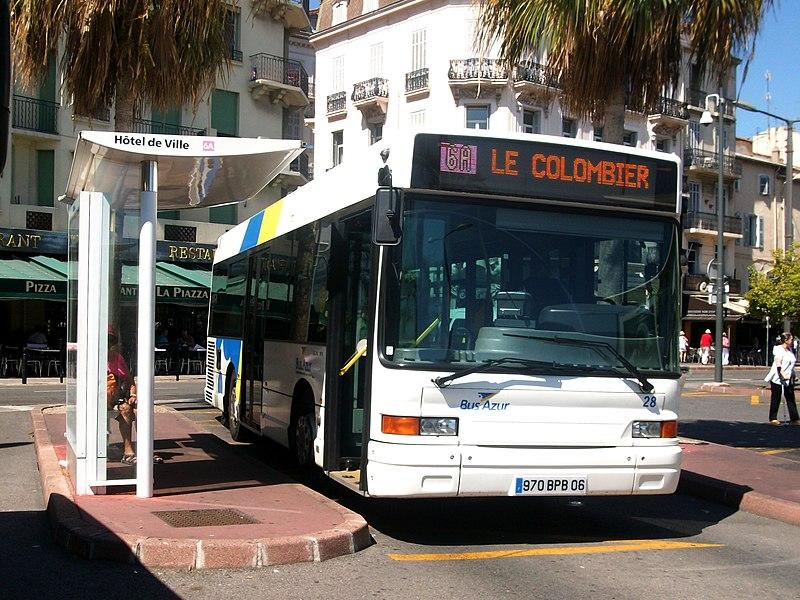 Cannes Hotel De Ville Bus