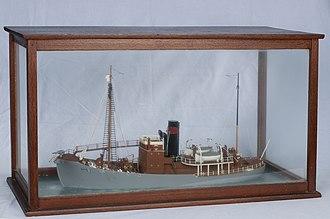 Sandefjord Museum - Image: Busen 2 whale catcher model (HS.03831 1)