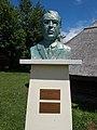 Bust of Béla Darnay-Dornyay in Gyenesdiás, 2016 Hungary.jpg