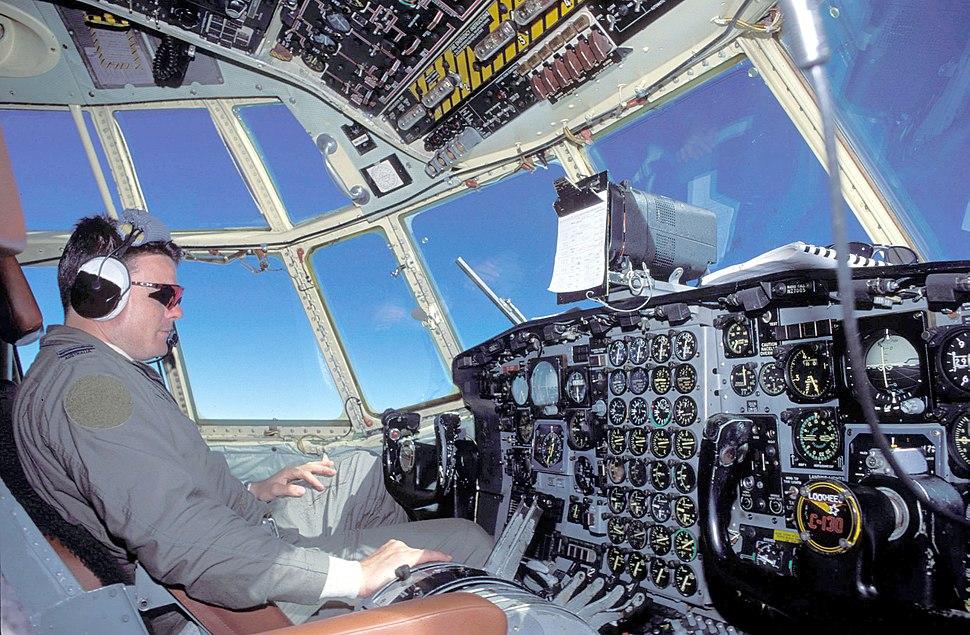 C-130 Hercules cockpit hg