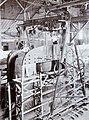 COLLECTIE TROPENMUSEUM Montage van een grote boogzender van Radiostation Malabar TMnr 60019333.jpg