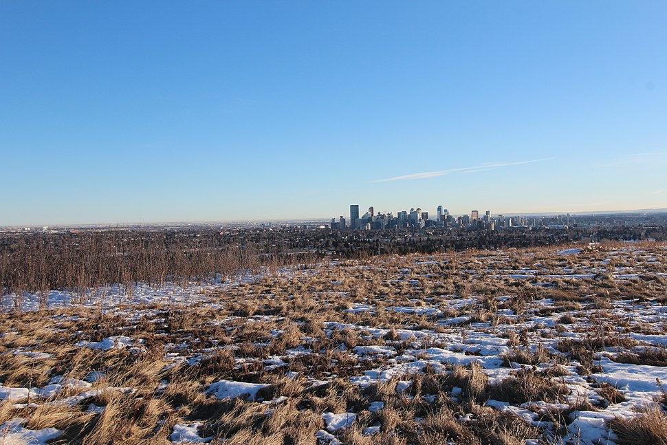 Calgary from Nose hill park (15812752589)