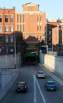 Callahan-tunnel-boston-ma-usa.jpg