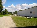 Camerloher-Gymnasium Freising (Turnhalle und Sportfeld).JPG