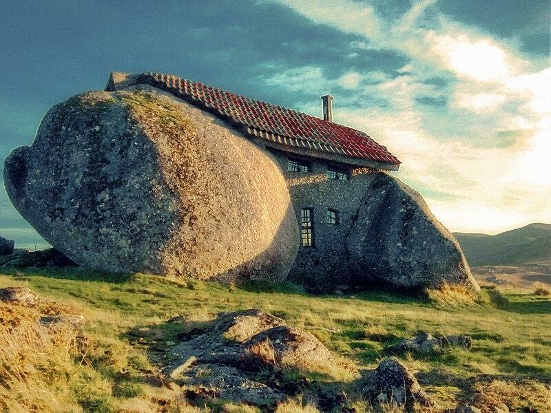 File:Casa da Pedra em Fafe 13.jpg