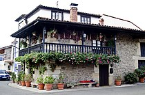 Casa tipica de Villayuso de Cieza.JPG