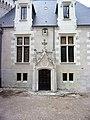 Château de Candé - porte Néo-Renaissance.jpg