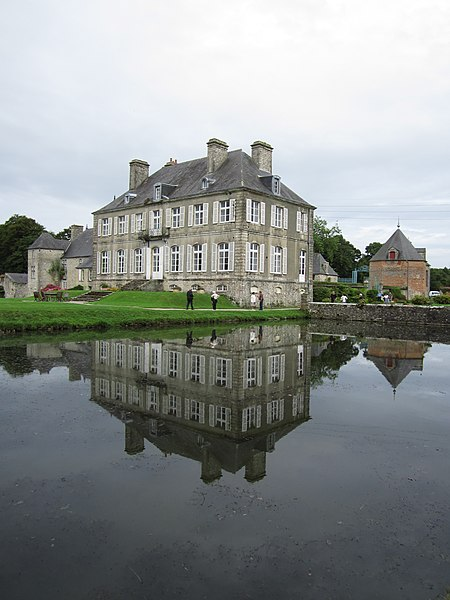 Château de la Bretonnière, fr:Golleville, 17e siècle; 18e siècle