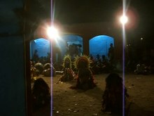 চিত্র:Chhau Dance of Purulia.ogv