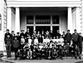 Children posed in front of school, Gold Bar, ca 1913 (PICKETT 130).jpeg
