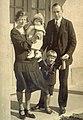 Clara Fagerström family c 1930.jpg
