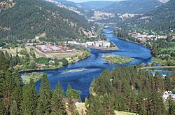 Clearwater River in Ahsahka, Idaho.jpg