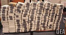 Il traffico internazionale di cocaina rappresenta uno dei giri d'affari principali delle mafie internazionali.