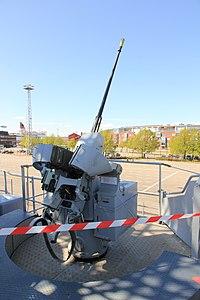 Commandant Blaison 20 mm F2 port 1.JPG
