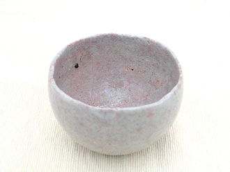 Wabi-sabi - Modern tea vessel made in the wabi-sabi style
