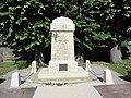 Dangeul (Sarthe) monument aux morts.jpg