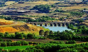 Dicle Bridge - Dicle Bridge in Diyarbakır