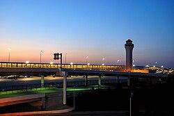 Аэропорт Детройт Метрополитан Уэйн Каунти DTW.jpg