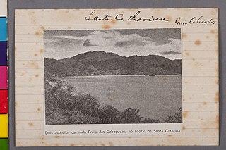 Dois Aspectos da Linda Praia das Cabeçudas, no Litoral de Santa Catarina