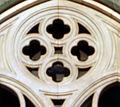 Duomo di firenze, medaglioni intarsiati in marmi nei timpani delle finestre sui fianchi 18,1.jpg