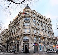 Edificio Castellana 15 (Madrid) 01.jpg