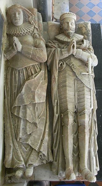 Edward Chichester, 1st Viscount Chichester - Alabaster effigies of Edward Chichester (1568–1648), Viscount Chichester of Carickfergus and his wife Anne Copleston (1588–1616), Eggesford Church, Devon